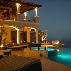 Mediterranean Patio by arqflores / architect