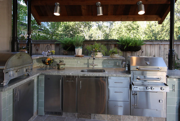 Ideal Transitional Patio by Dena Brody Interiors
