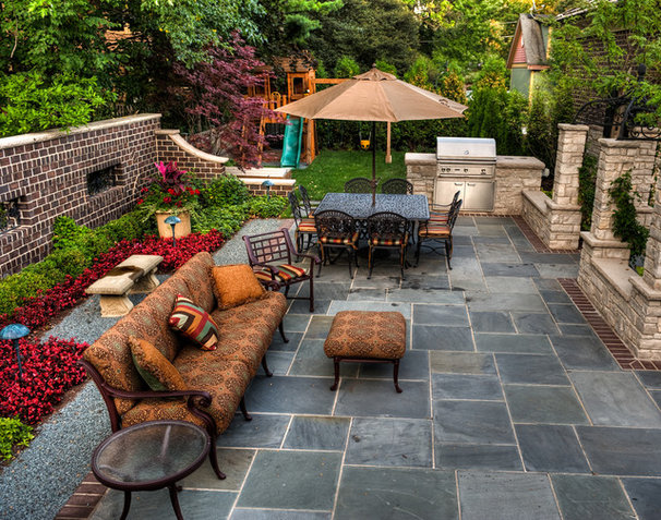 Traditional Patio by OTM Designs & Remodeling Inc.