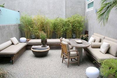 Modern Patio by Bondanelli Design Group, Inc.