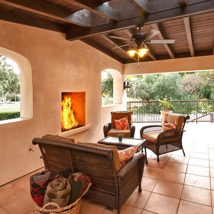 Southwestern Porch by Barry + Volkmann Architects