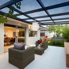 Contemporary Patio by Ventura Homes