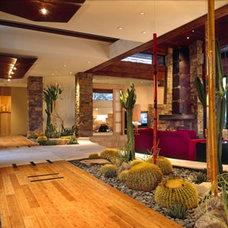 Modern Patio by Douglas Fredrikson Architects