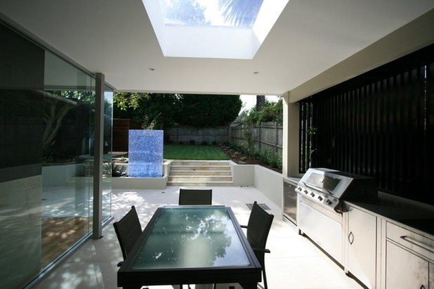 Contemporary Patio by Justin Loe Architects
