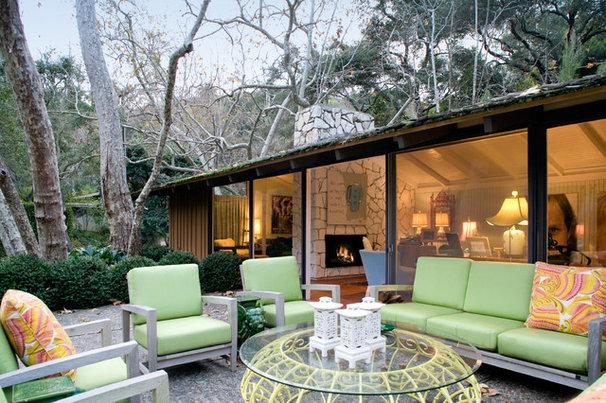 Modern Patio by Hillary Thomas Designs