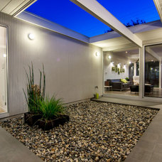 Modern Patio by Bill Fry Construction - Wm. H. Fry Const. Co.