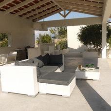 Mediterranean Patio by Pucci+Saladino architects