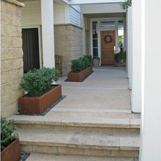 Traditional Patio by R DESIGN  Landscape Architecture  P.C.