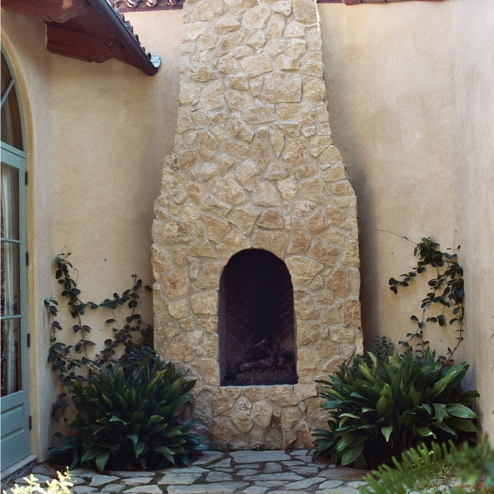 Outdoor Fireplace | Rancho Santa Fe, CA