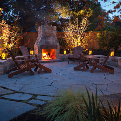Inspiration for a timeless patio remodel in Portland