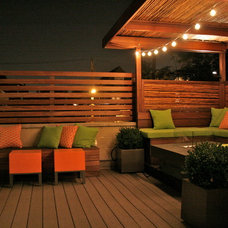 Eclectic Patio by Chicago Specialty Gardens, Inc.