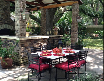 Every Outdoor Kitchen Needs An Outdoor Dining