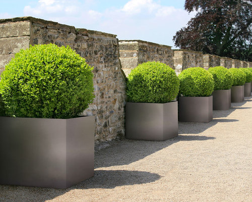 Ideas para patios   Diseños de patios extra grandes con jardín de ...