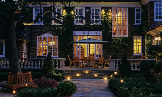 Traditional Patio by Laara Copley-Smith Garden & Landscape Design