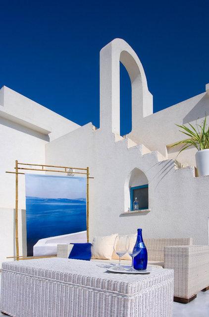 Mediterranean Patio by Elad Gonen