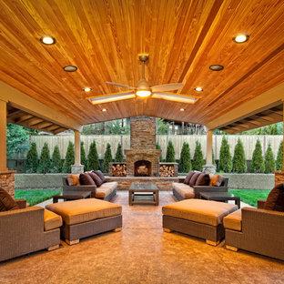 Réalisation d'une terrasse design avec une extension de toiture.