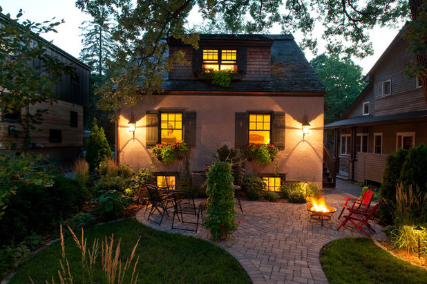 Traditional Patio by John Kraemer & Sons