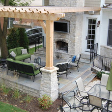 Traditional Patio by Vine Properties, LLC