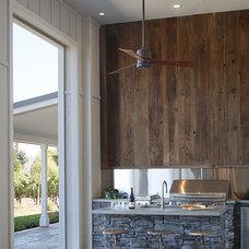 Farmhouse Patio by Artistic Designs for Living, Tineke Triggs