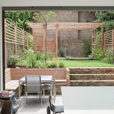Contemporary Patio by Emmett Russell Architects