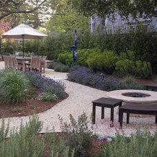 Mediterranean Patio by Verdance Landscape Design