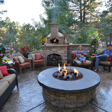 Traditional Patio by ABC Landscaping Inc.