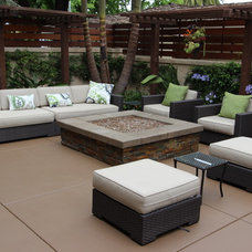 Contemporary Patio by New Vision Hardscape