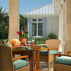 Tropical Patio by John David Edison Interior Design Inc.