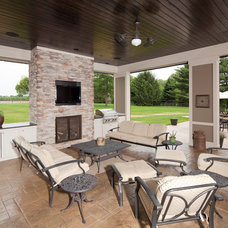 Contemporary Patio by Robert Lucke Homes