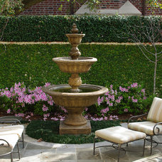 Traditional Patio by Prewett, Read & Associates