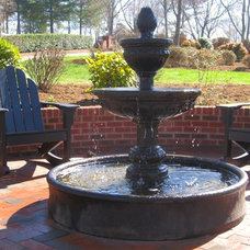 Traditional Patio by Rubner's Nursery & Landscaping