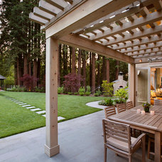 Traditional Patio by Simpson Design Group Architects