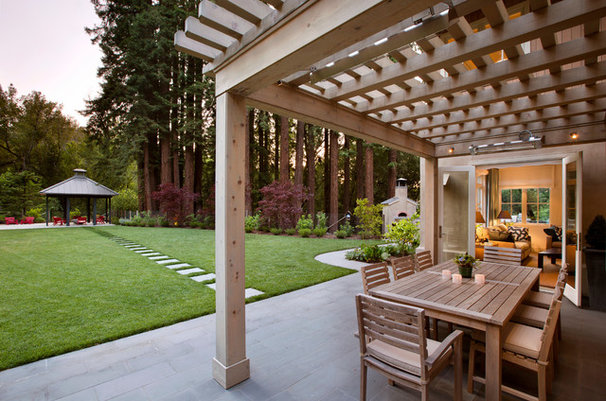 Traditional Patio by SDG Architecture, Inc.