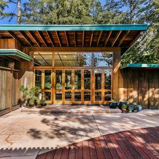 Patio Mid Sized 1960s Backyard Concrete Idea In San Francisco