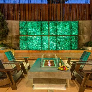 Mittelgroßer Moderner Patio mit Feuerstelle und Betonplatten in Portland