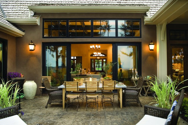Traditional Patio by Alan Mascord Design Associates Inc