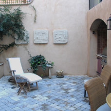 Mediterranean Patio by Strata Landscape Architecture