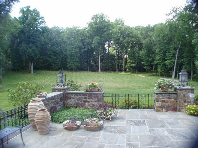 Traditional Patio by Manley Building Organization Inc.