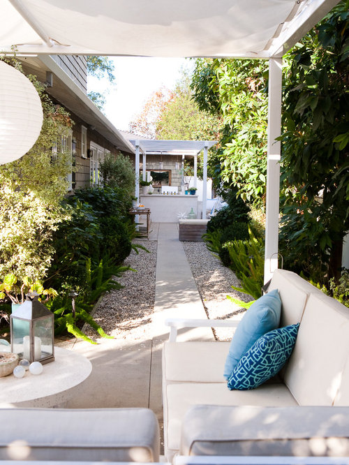 Inspiration For A Timeless Patio Remodel In Los Angeles With A Pergola