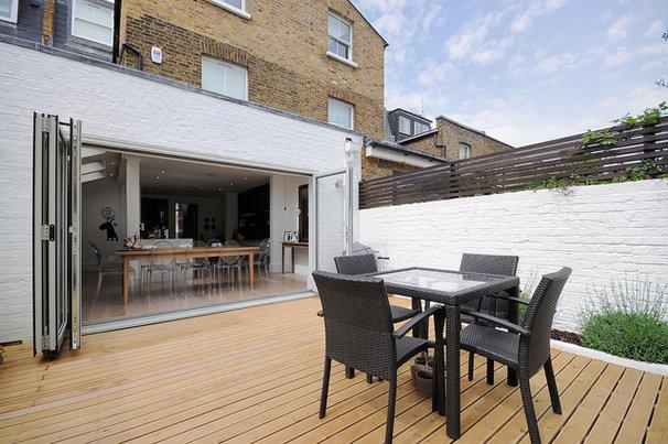 Contemporary Patio by MDSX Contractors Ltd