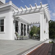 Traditional Patio by John M Reimnitz Architect PC