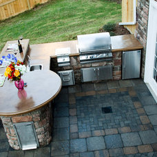 Traditional Patio by Mid Atlantic Enterprise, Inc.