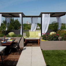 contemporary patio by Tyrone mitchell Photography