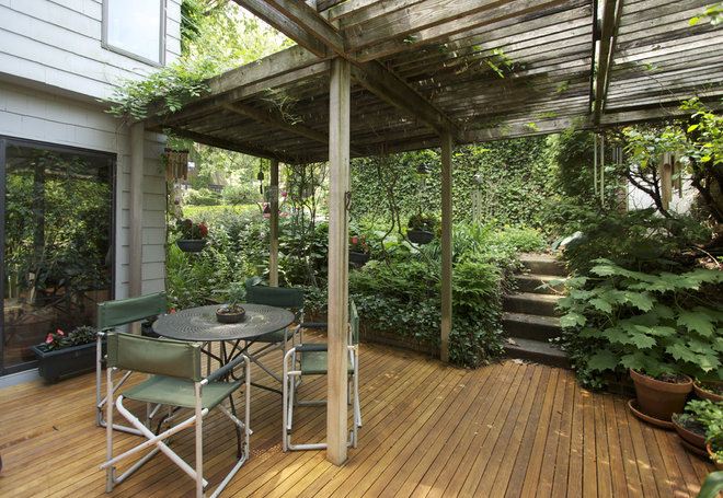 Eclectic Patio by G. Steuart Gray AIA