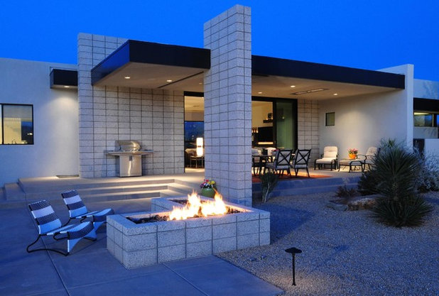 Contemporary Patio by Identity Construction