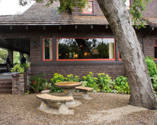 Example Of An Arts And Crafts Gravel Patio Design In San Francisco