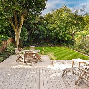 Foto di un patio o portico design dietro casa