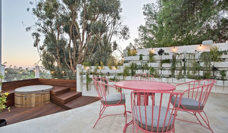 8 Ways to Make Your Outdoor Deck Ready for Guests