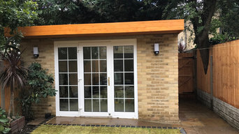 Garden Shed & Paving
