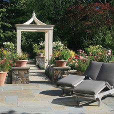 Traditional Patio by Suzman Design Associates
